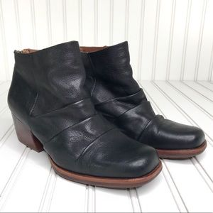 Kork-Ease Kissel Leather Boots Square Toe Size 8.5